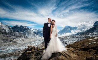 Já pensou em se casar no Monte Everest? Conheça o casal que fez isso