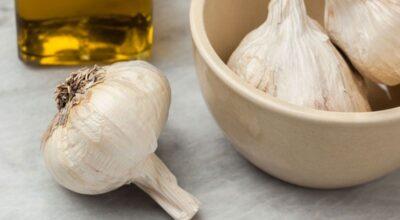 Óleo de alho: conheça os benefícios deste produto e como usá-lo corretamente