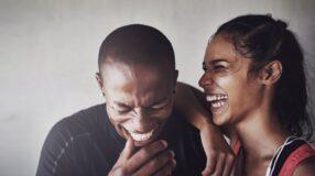 10 sinais de que você está com um parceiro legal