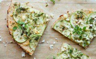 Pizza de abobrinha: 11 receitas para uma refeição mais leve e nutritiva
