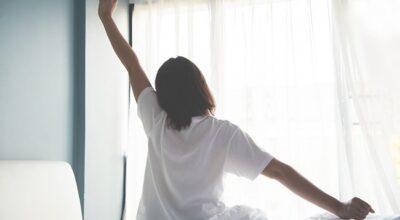 8 dicas para você acordar cedo sem sofrer (tanto)