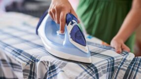 7 truques caseiros para limpar seu ferro de passar roupa