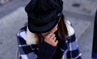 Boina feminina: como usar esse acessório cheio de estilo