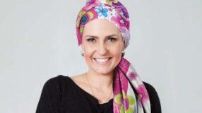 Banco de Lenços: projeto que incentiva a autoestima de mulheres em tratamento contra o câncer