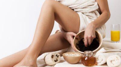 Aprenda um truque com borra de café para tratar celulite