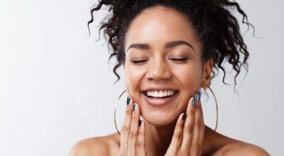 Dermatologista alerta: 8 coisas que você nunca deve usar na pele