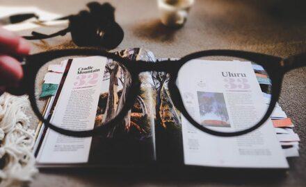Como limpar óculos de grau: 9 dicas para fazer de maneira certa e erros que devem ser evitados