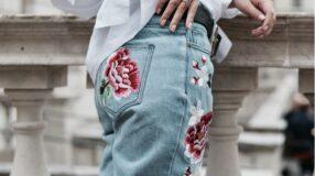 Jeans bordado: a peça que deixa qualquer look mais moderno