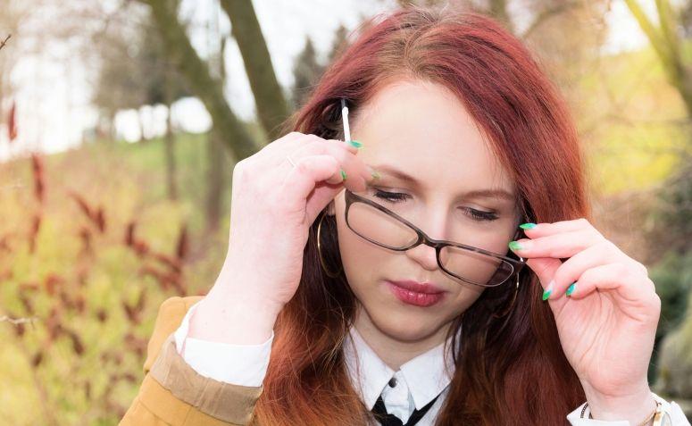 47e921027b3f1 Como limpar óculos de grau  9 truques para limpar sem danificar a lente