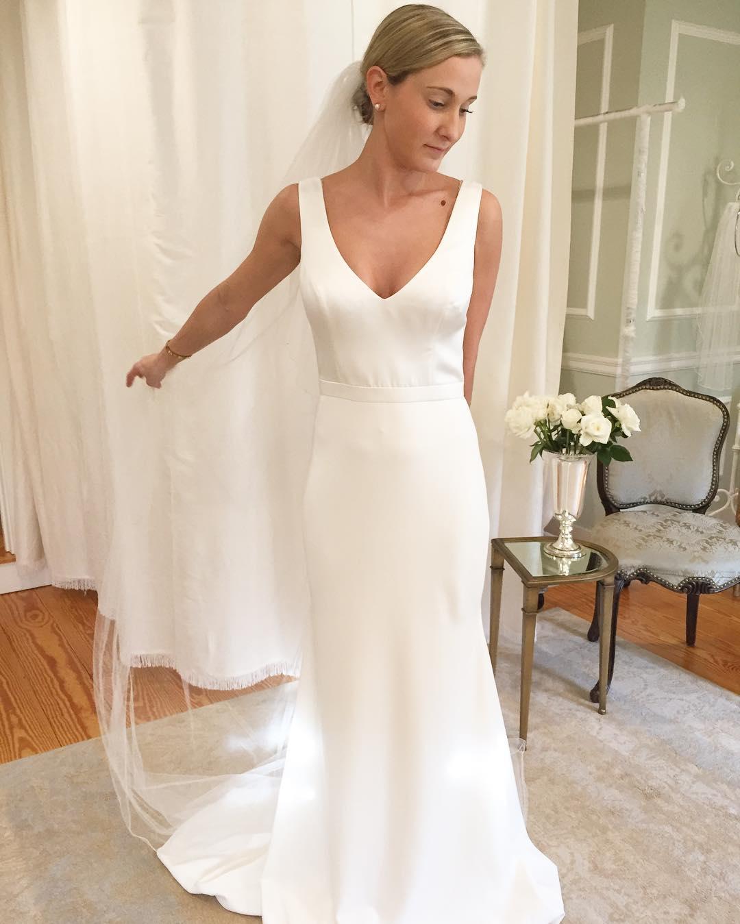 Vestidos de noivas modernos e elegantes