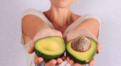 6 benefícios de comer abacate na gravidez