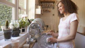 10 táticas para facilitar a hora de lavar a louça