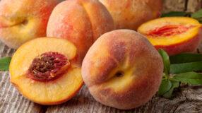 Pêssego: conheça os benefícios da fruta e aprenda saborosas receitas