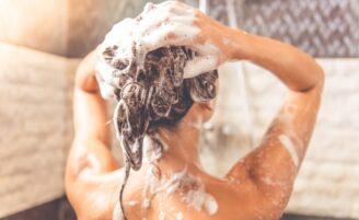 Quantas vezes por semana você deve lavar os cabelos?