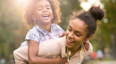 6 razões por que tios e tias são tão importantes na vida das crianças