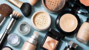 Em quanto tempo você deve substituir seus produtos de beleza?