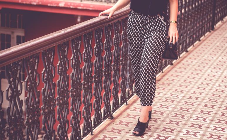 af05d3781 Calça estampada: crie looks com conforto e estilo sem o seu querido jeans