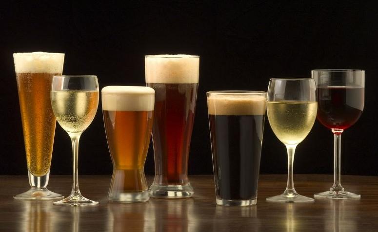 7e425bdda Tipos de copos e taças  conheça o modelo ideal para cada bebida