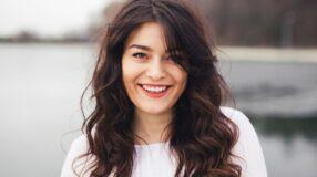 5 coisas que podem estar deixando seu cabelo mais oleoso e você nem imagina