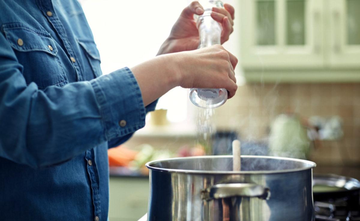 Como dessalgar alimentos: dicas práticas e simples