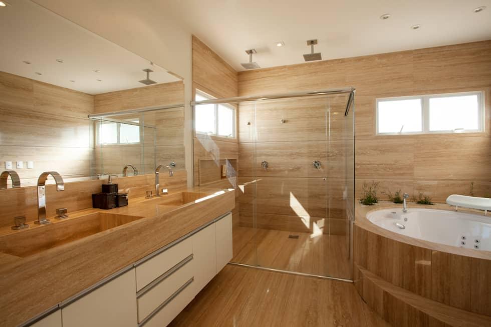 Banheiros decorados 100 ideias elegantes tend ncias 2018 for Modelos de jacuzzi para interiores