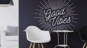 Chalkboard: aprenda como fazer essa peça criativa para sua decoração