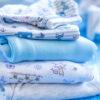 Passo a passo e cuidados essenciais para lavar as roupas do bebê