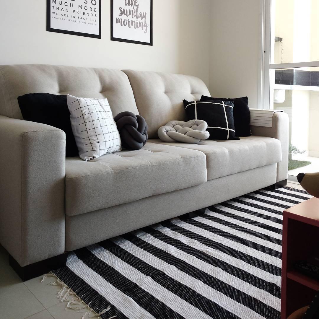 Salas decoradas sala decorada en rojo y blanco for Muebles rojos para sala