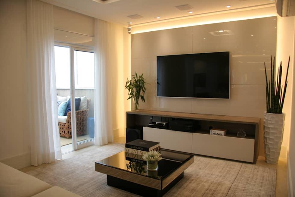 70 lindas salas decoradas para voc se inspirar fotos for Idea sala de estar cuadrada