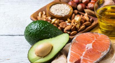 10 alimentos ricos em gordura que você pode (e deve) incluir na sua dieta