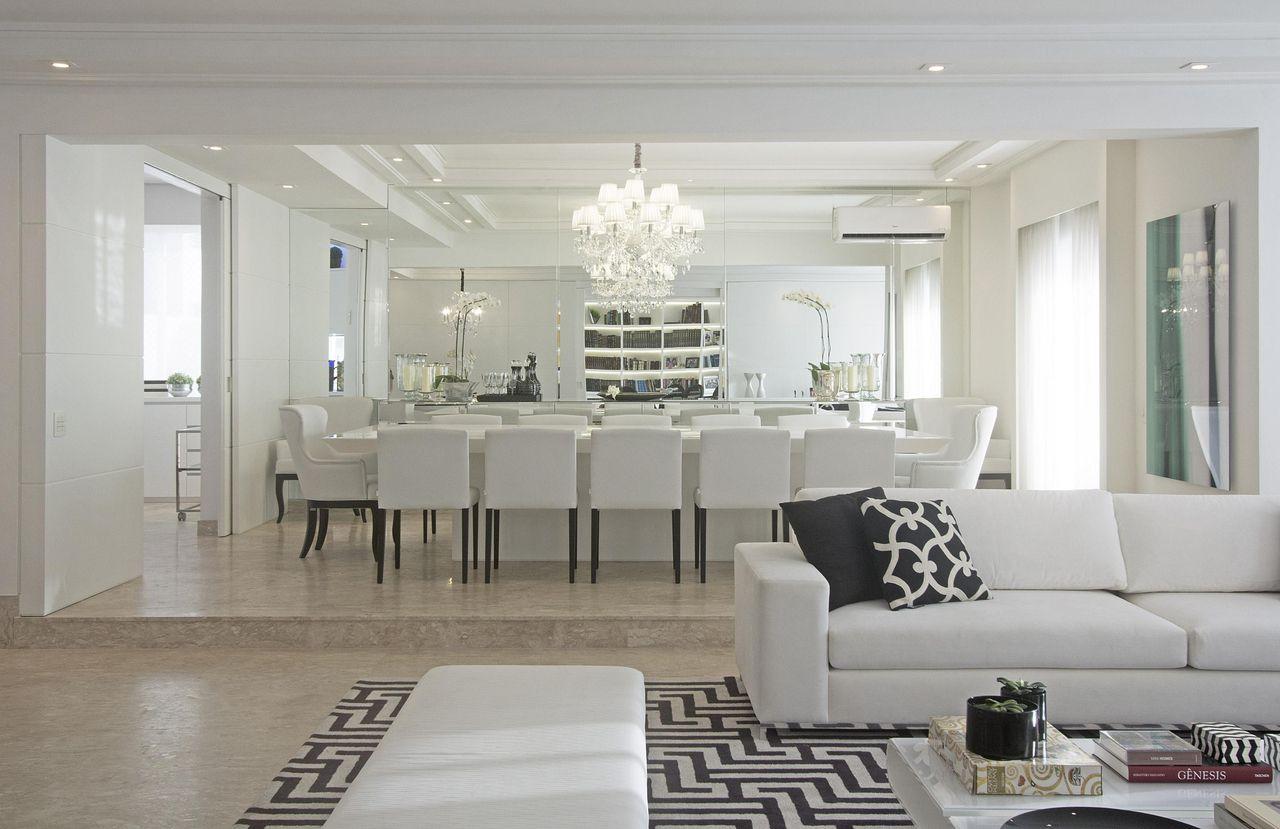 Como Escolher O Lustre Ideal Para A Sala Dicas E Inspira Es  -> Lustres Para Sala De Teto Alto