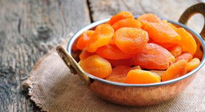 8 benefícios impressionantes do damasco e receitas deliciosas