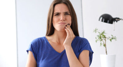 7 remédios caseiros para aliviar a dor de dente