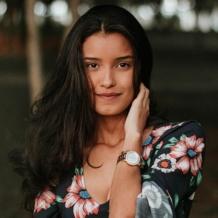 YouTuber indiana ensina a fórmula que fez seu cabelo crescer 40% mais rápido