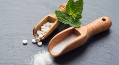 Stevia: conheça esse adoçante natural e os benefícios que ele oferece