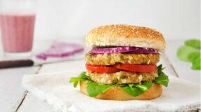 31 receitas de hambúrguer vegano para você se surpreender