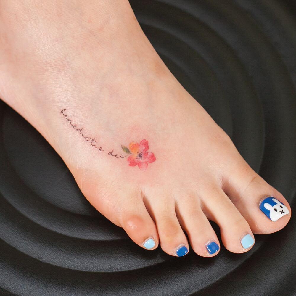 Tatuagem No Pé 100 Fotos De Tattoos Para Você Se Inspirar E