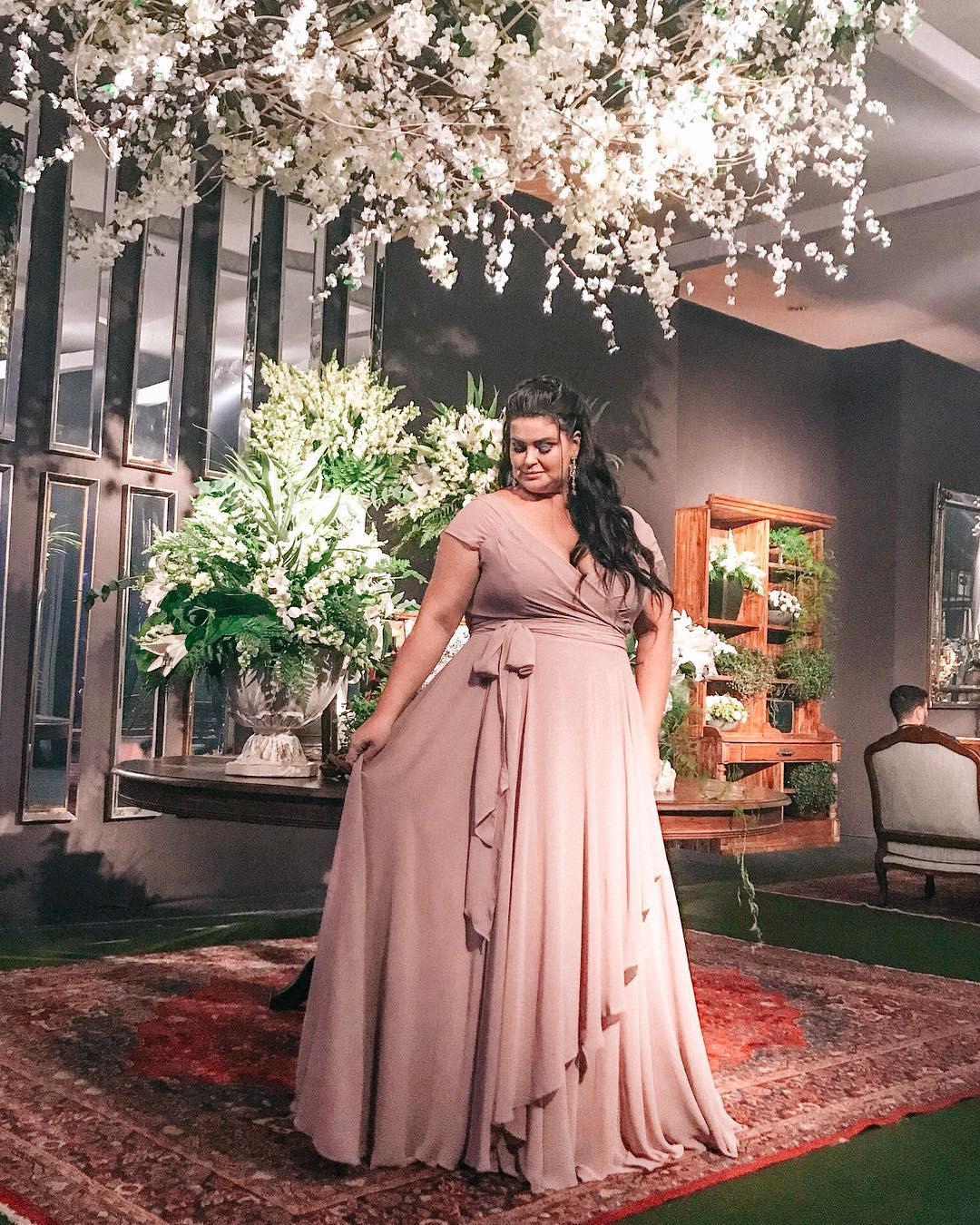 Vestido De Festa Tiffany/madrinha/formatura/plus Size - R