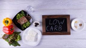 Dieta low carb: benefícios, cuidados, alimentos e receitas