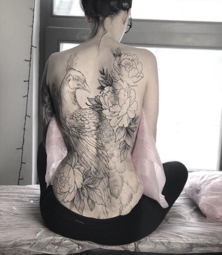 Tatuagem Feminina Nas Costas 200 Fotos Apaixonantes A 90 é