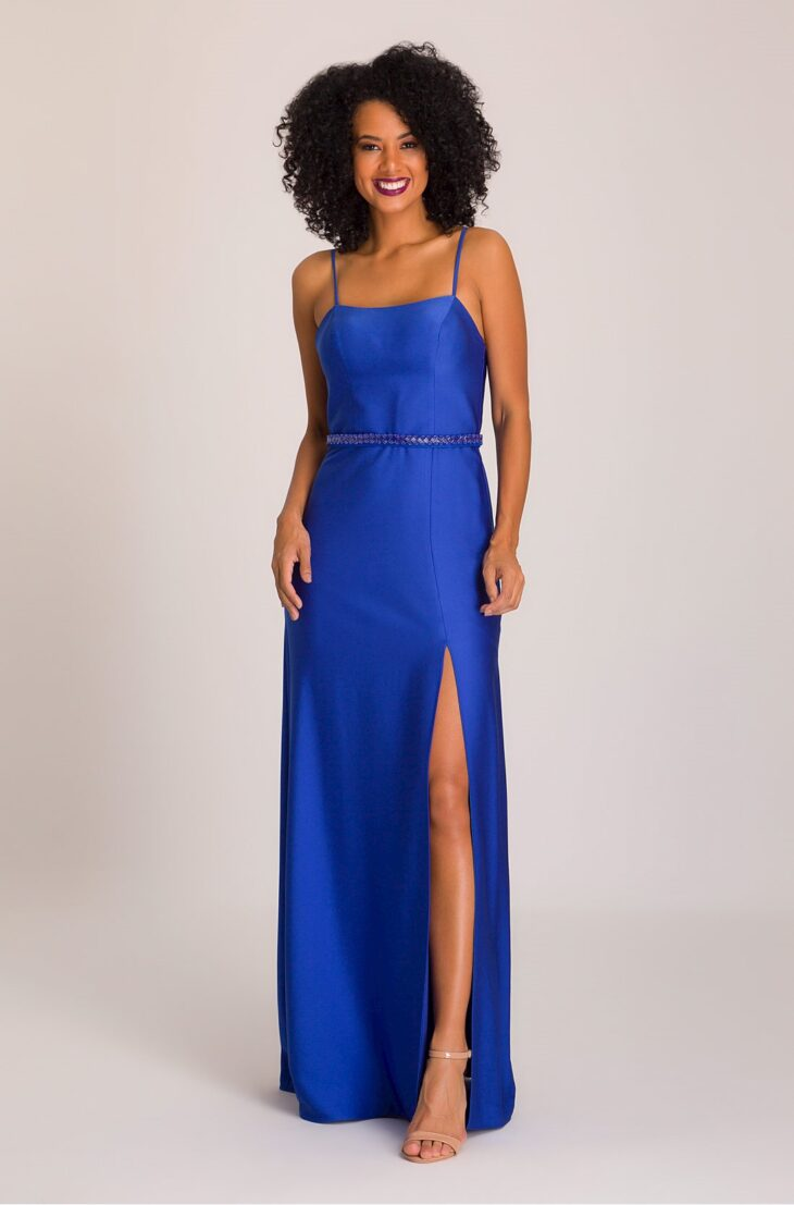 Vestido azul que sapato devo usar