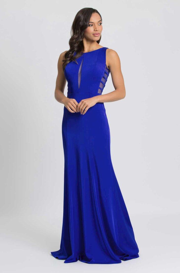 Madrinhas com vestido azul royal