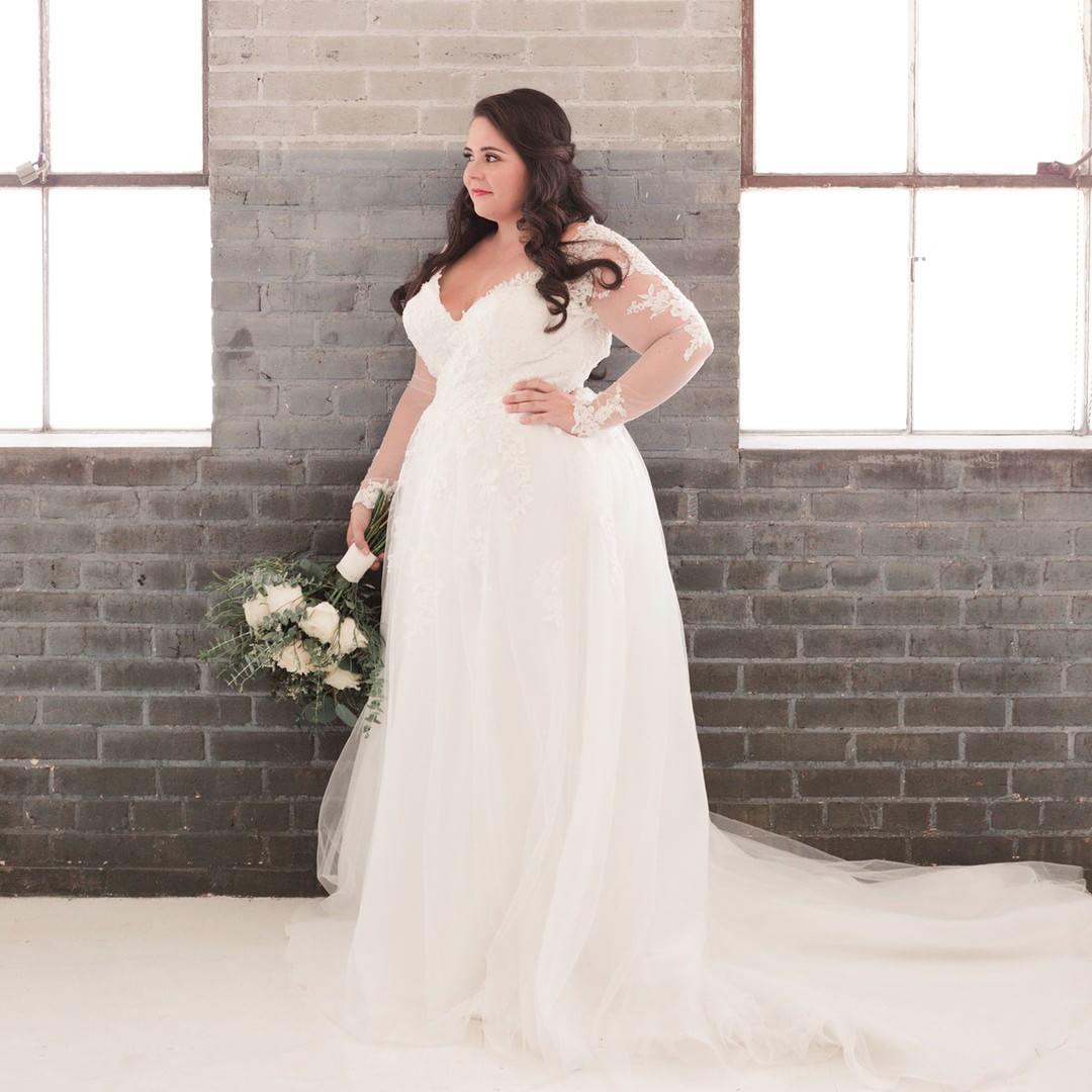 4668275f1 Vestido de noiva plus size  65 fotos para você escolher o modelo ...