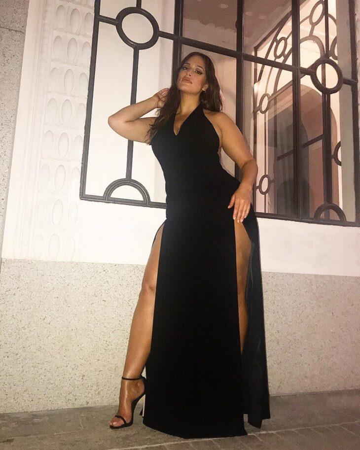 f7a994044 60 modelos de vestido longo preto para você arrasar em qualquer ocasião