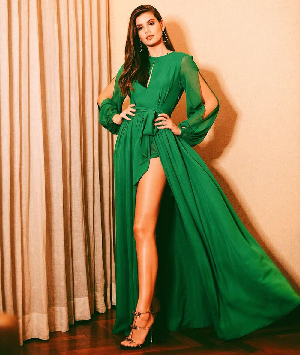 Vestido verde longo manga longa