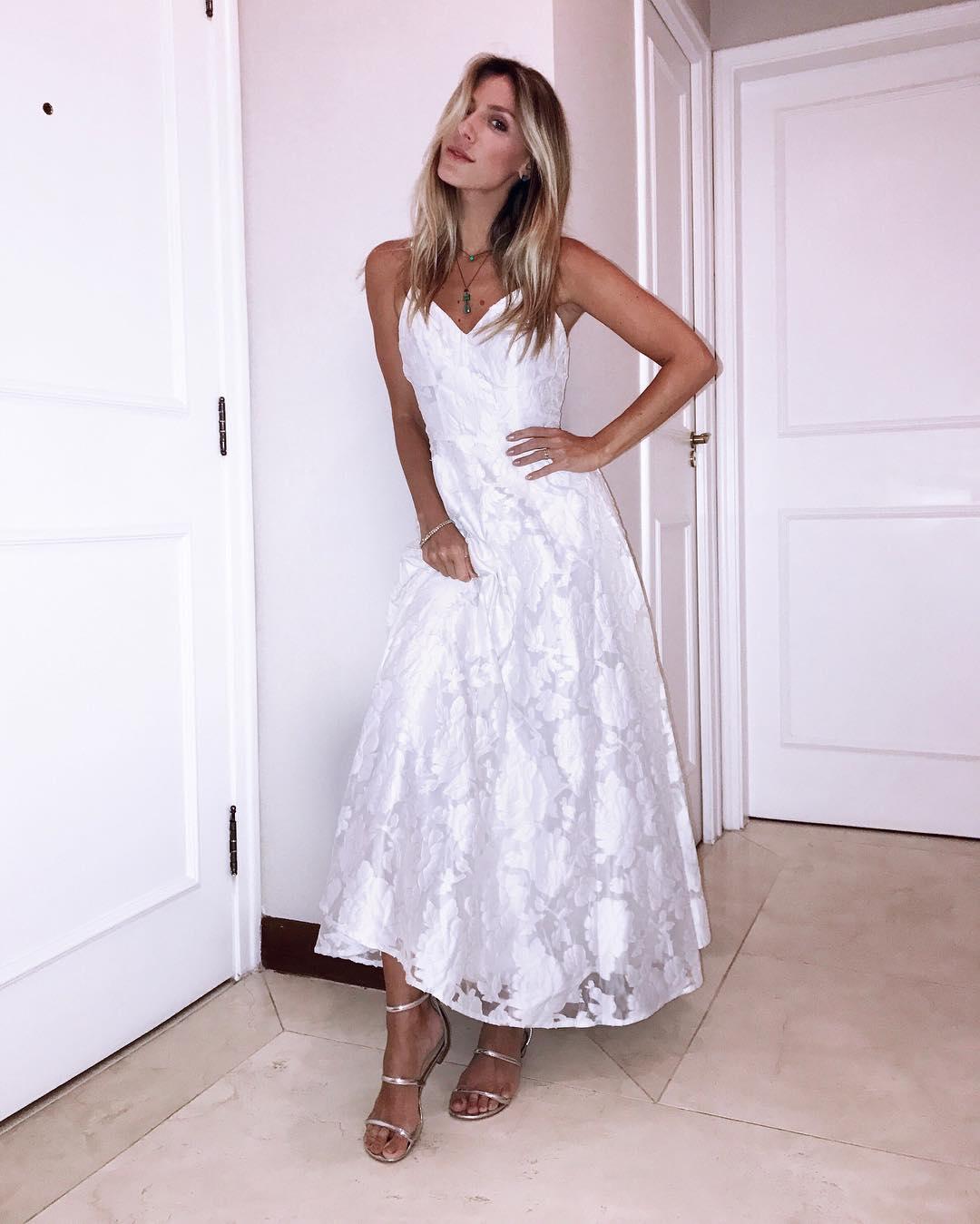 5288bb63bdb0 Vestido para casamento civil: 80 modelos lindos para esse dia especial
