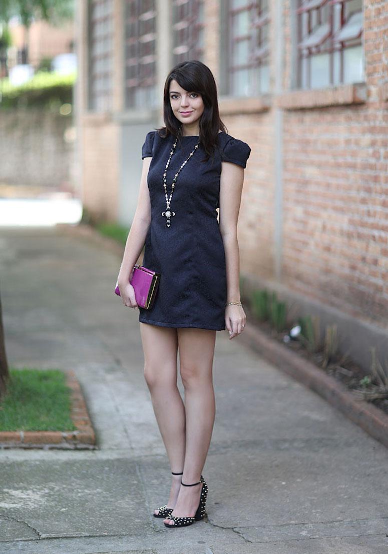 5a410bd6d Vestido preto curto: 70 maneiras de incluir a peça em seu estilo