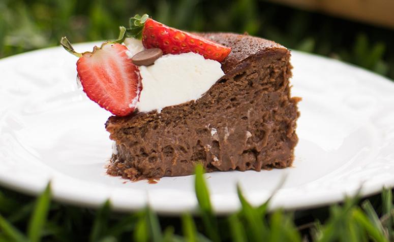 Tem Na Web - Bolo mousse de chocolate: 17 receitas que unem duas ótimas sobremesas