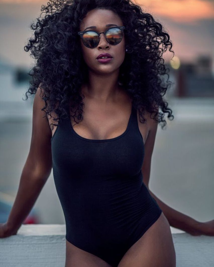 26af79217563 Maiô preto: 70 modelos que vão te convencer a adotar a peça