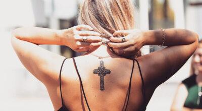 Tatuagem de cruz: 70 inspirações para sua próxima tattoo